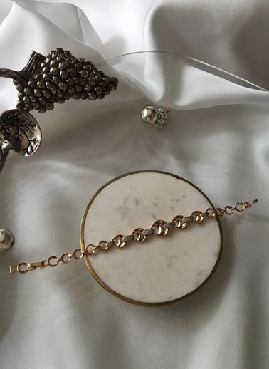 My Joyas Design Özel Seri İç İçe Yuvarlak Zirkon Taş Geçişli Bileklik Altın